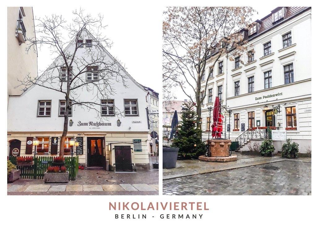Postal con dos imágenes de edificios blancos en Nikolaiviertel, el barrio judío de Berlin
