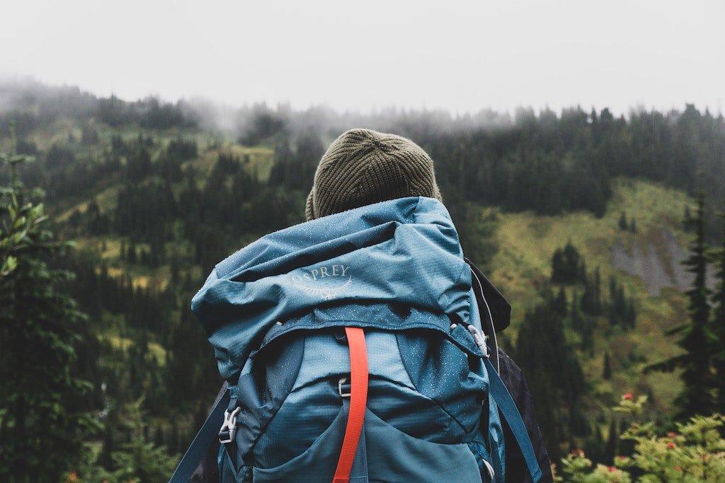 Lo que nadie te cuenta sobre qué llevar y qué no llevar en la mochila, estilo de vida mochilero