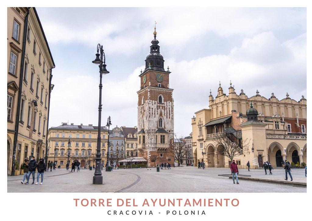 Antigua Torre del Ayuntamiento de Cracovia en la Plaza del Mercado