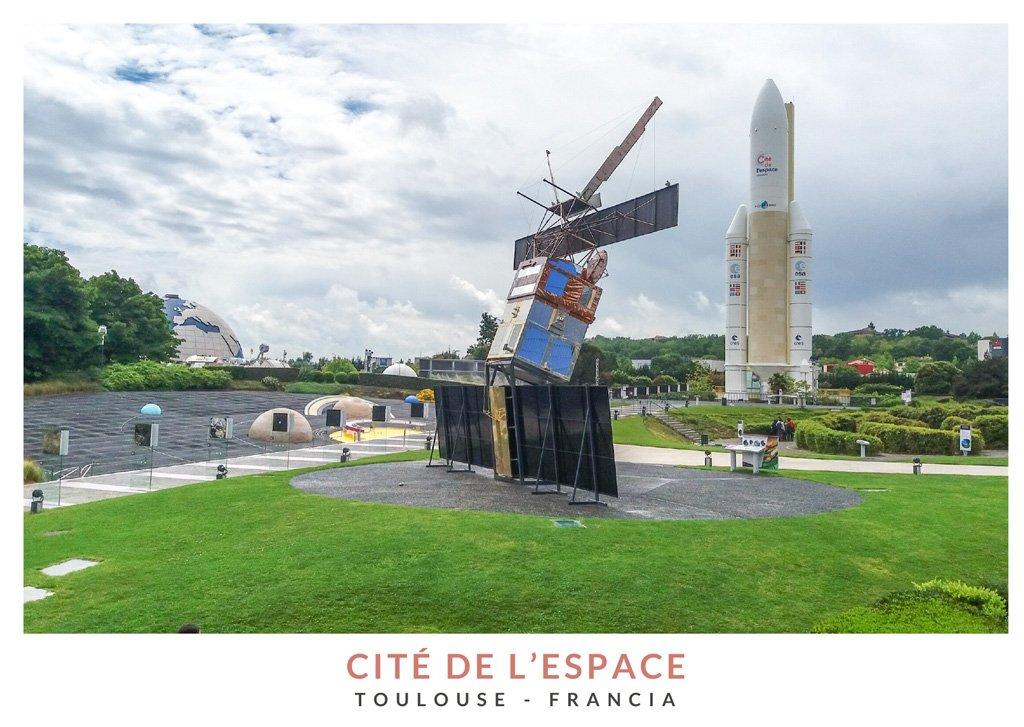 Distintas atracciones en el parque temático Cité de l'Espace, Toulouse