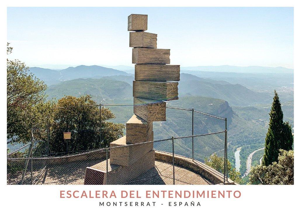La escalera del entendimiento, monumento en Montserrat, España