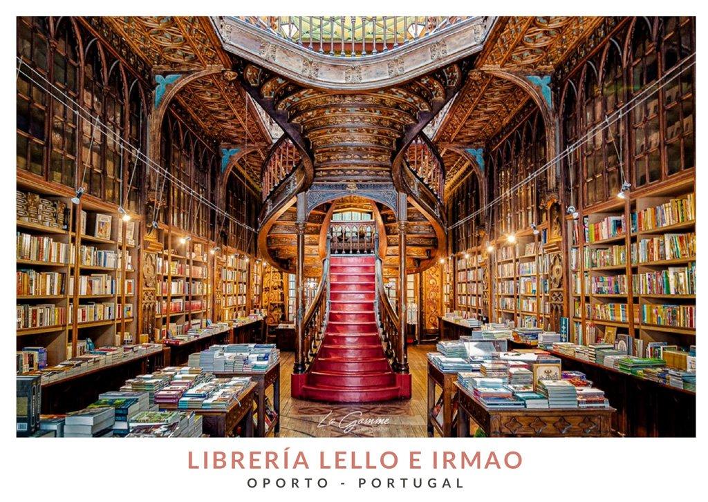 Interior de la Libreria Lello e Irmão